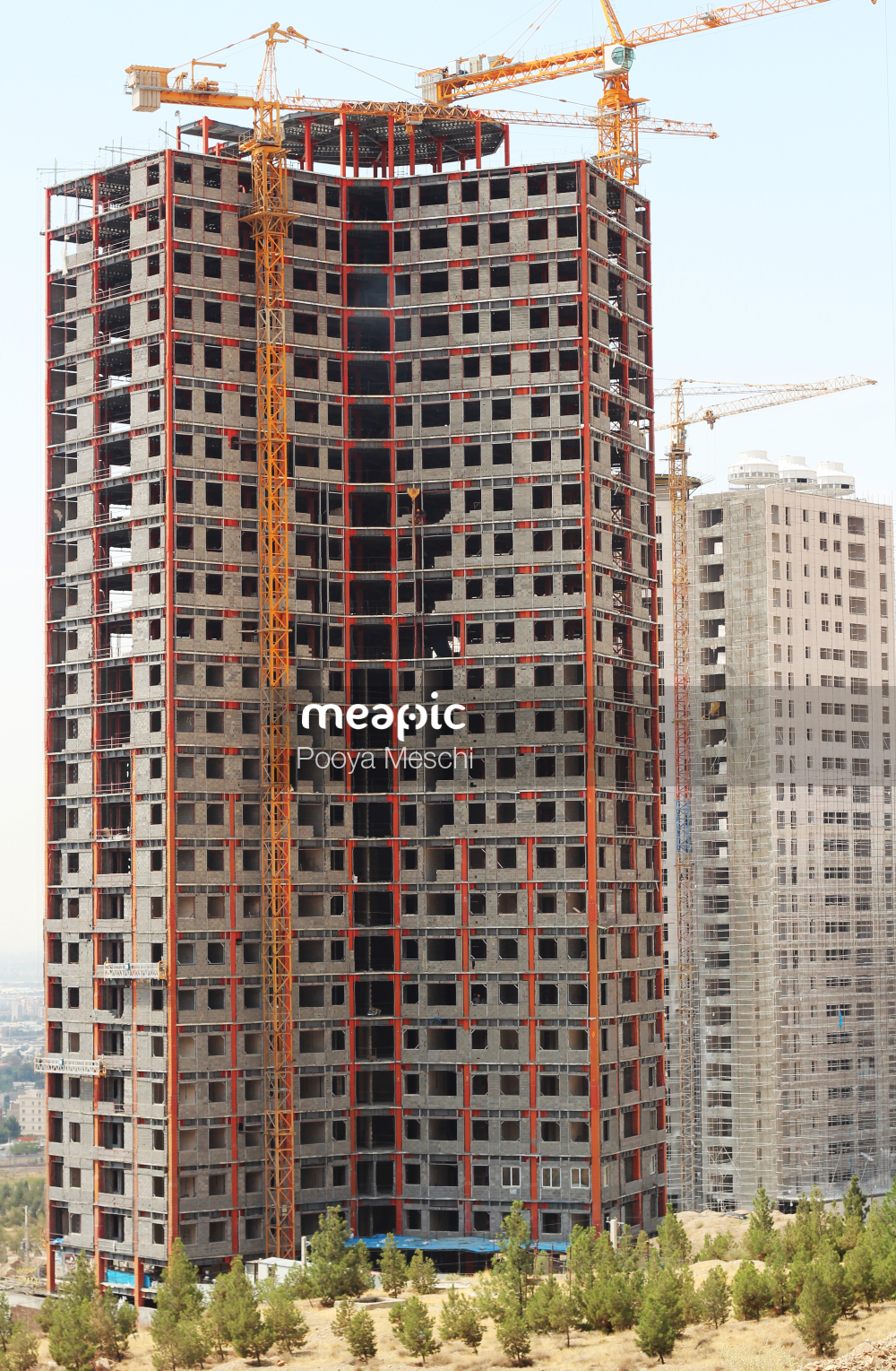Tall Building In A City Stock Photo · Meapic